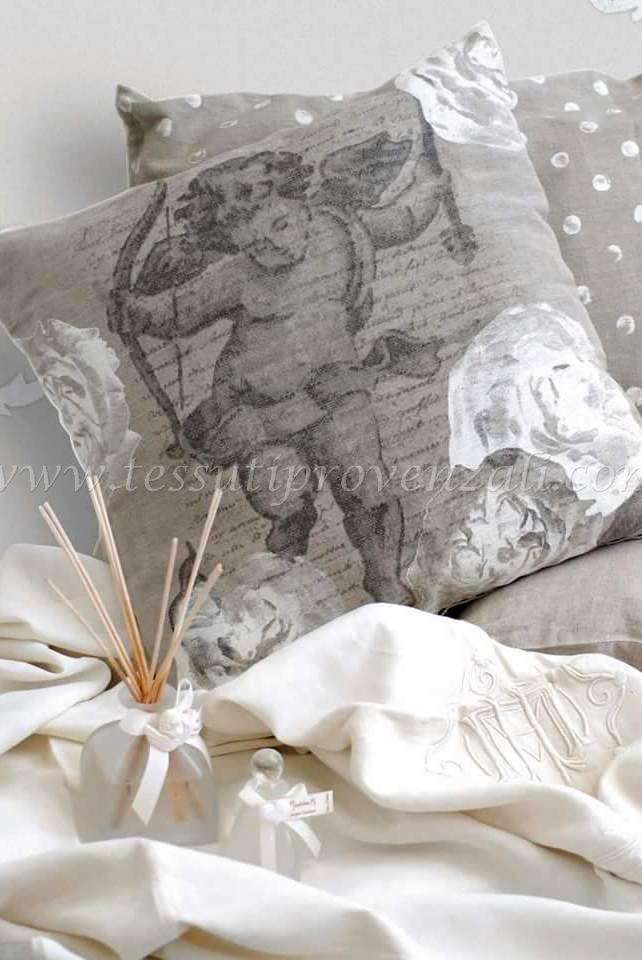 "Cuscino misto lino serie ""Cupido"" Mathilde M."