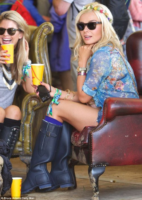 (via Glastonbury Festival 2013: Millie Mackintosh, Katherine Jenkins and Caroline Flack lead the celebrity festival glamour in their wellies | Mail Online)
