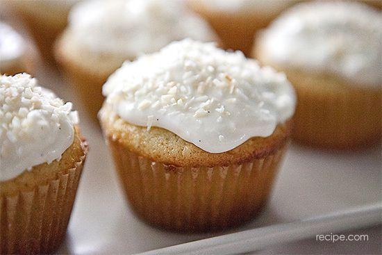 Coconut vanilla bean cupcakes   Desserts   Pinterest