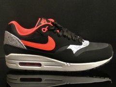 "Nike WMNS Air Max 1 ""Valentine"" Black/Laser Crimson-White"