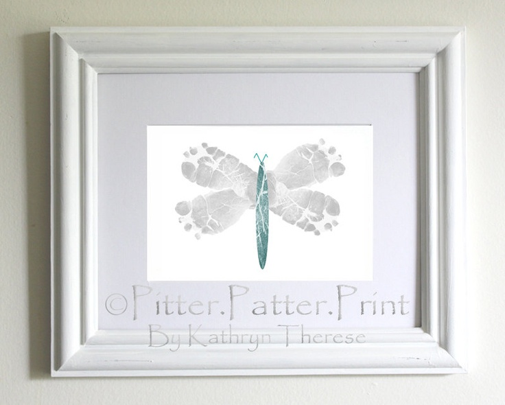 Use footprints to make a dragonfly... so doing this for Zoe's room!