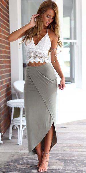 Sexy V-neck Lace Tops + High Waist Bust Skirt Two-piece Set
