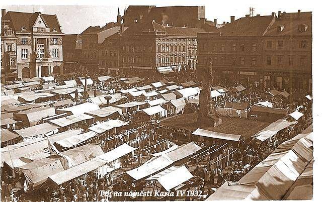 Trh na náměstí Karla IV. rok 1931