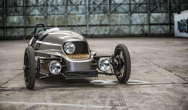 Você sabia que o primeiro automóvel oficial não tinha quatro, mas três rodas? O primeiro veículo com... - Morgan Motor Company