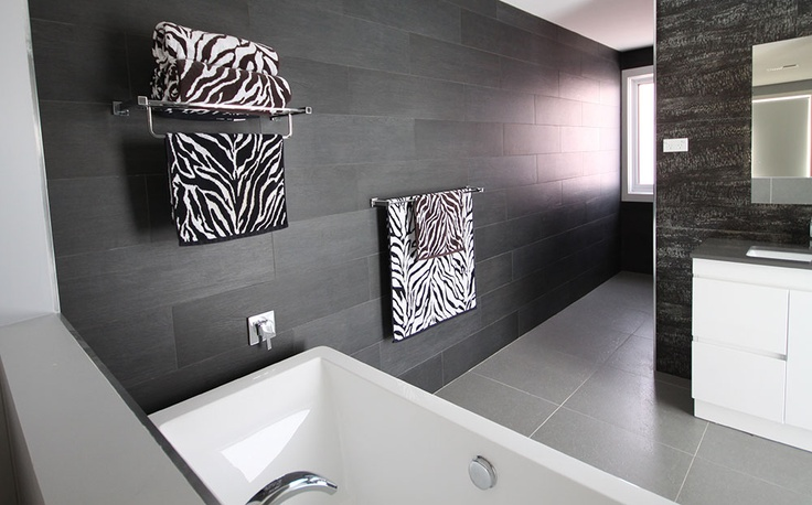 Black and white bathroom inspiration? Amber has the answer