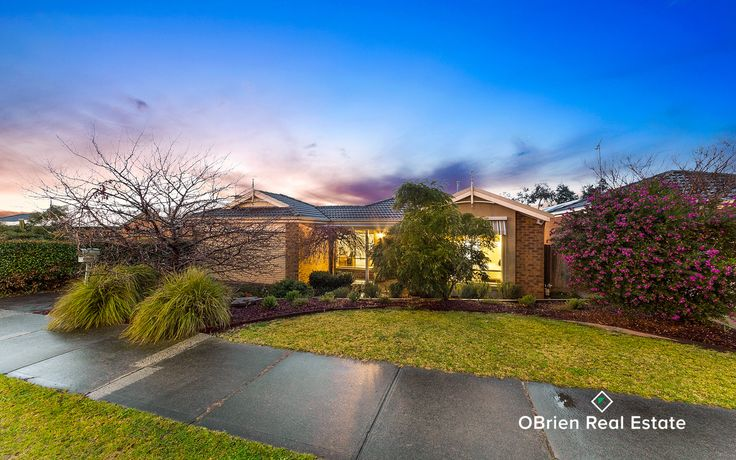 Wow!  If you are looking for a beautifully presented family home, with nothing to do both inside and out and you would like to enjoy the magnificent lifestyle our vendors have enjoyed for many years and will miss, then this is a must inspect. Quietly tucked away on approx. 610m2 of land, there is ample yard for the kids to run around in while you wine and dine this summer outside under your private paved pergola, overlooking the landscaped yard.  If you are the successful purchaser, you will…