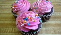 How to Make Fake Cupcakes | eHow.com