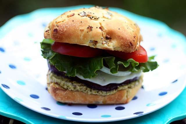 Portobello Burgers with Pesto Mayo | Jennifer Cooks