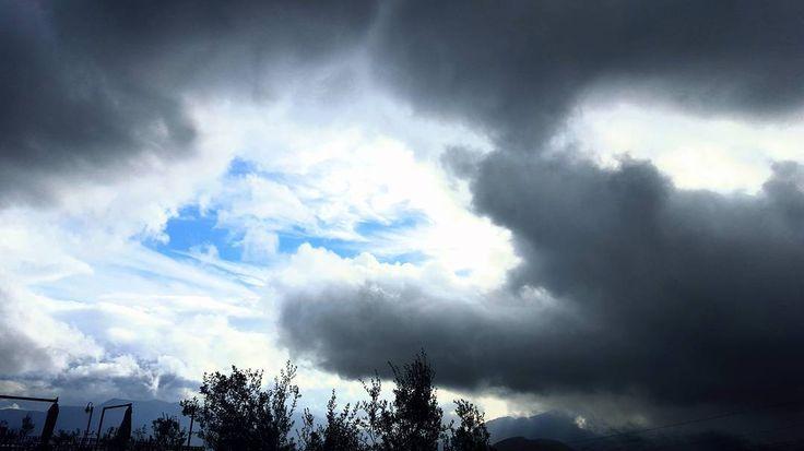 Oltre le nubi c'è il sereno  #buongiorno #skyporn #love #gm #tbh #nofilter #instagramers #instafollow
