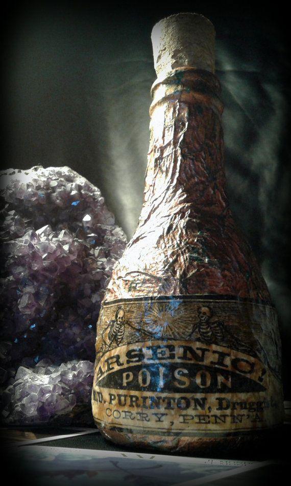 Guarda questo articolo nel mio negozio Etsy https://www.etsy.com/it/listing/468848719/arsenic-poison-handmade-bottle