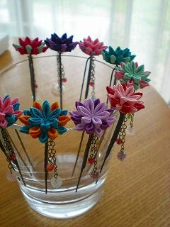#ribbon #flowers #origami #fabricorigami #kanzashi #lace #leaves #insect #tutorial #stamen #accessories #hair #headband #barrette #clip #pin #satin #bow #pastel #goth #sew #stitch #felt #diy #button #petal #comb #stick #ricrac #pearl #nylon #french #butterfly