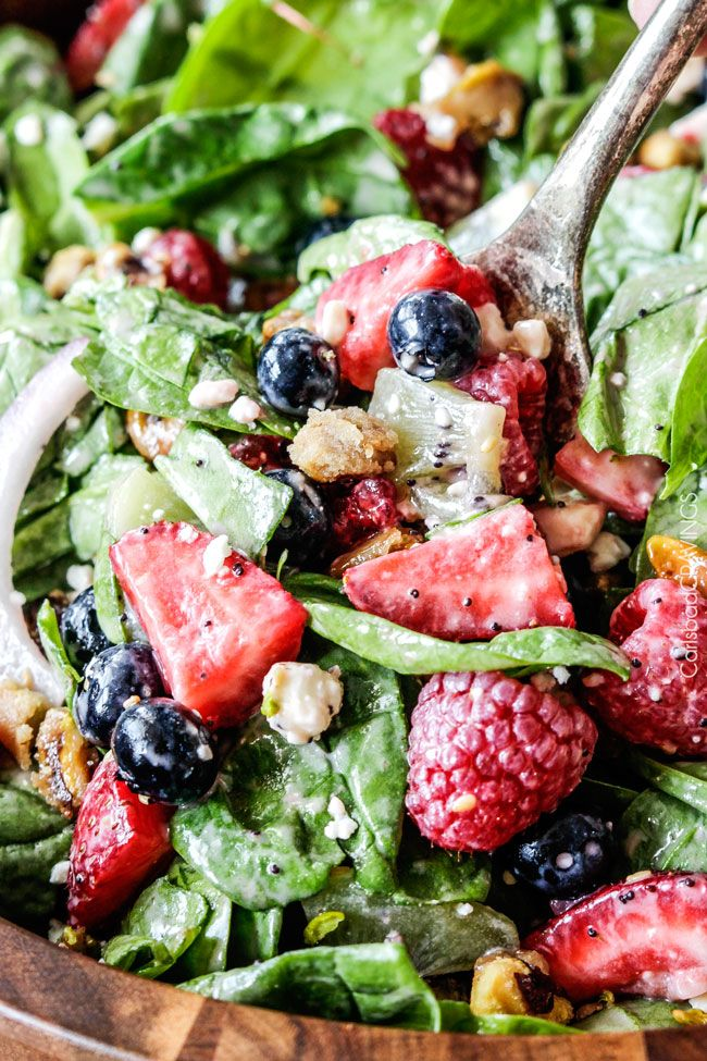 Berry Feta Spinach Salad with Creamy Strawberry Poppy Seed Dressing | http://www.carlsbadcravings.com/berry-feta-spinach-salad-with-creamy-strawberry-poppy-seed-dressing/