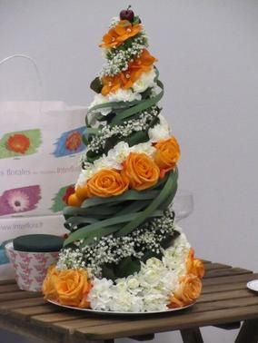 Pyramides de fleurs et fruits...