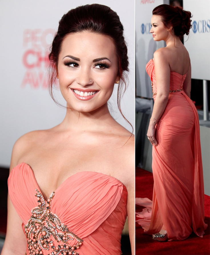 Demi Lovato's Marchesa dress People's Choice Awards