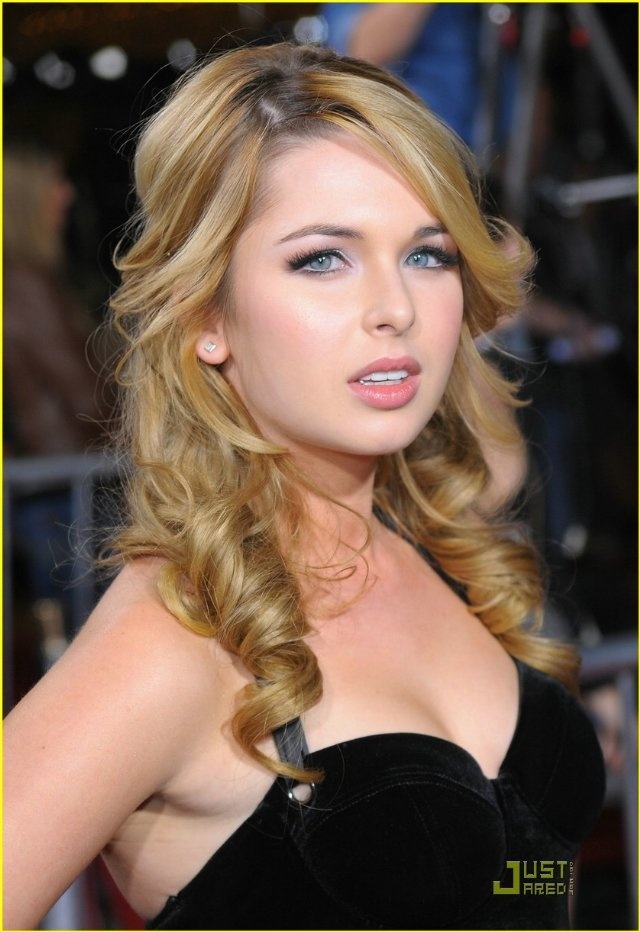 Curls! Kirsten Prout from The Lying Game