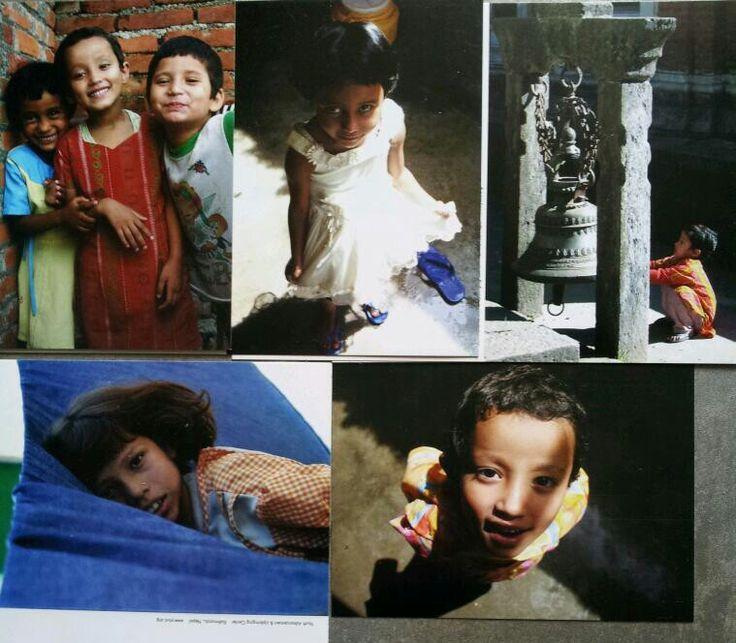 De opbrengst van deze prachtige kaartenset (12,50 euro excl verzendkosten) gaat volledig naar een Nepalese vriend, eigenaar van n weeshuis waar ik in 2008 als vrijwilliger hebt gewerkt. Zeker na de aardbevingen, zeer welkom!