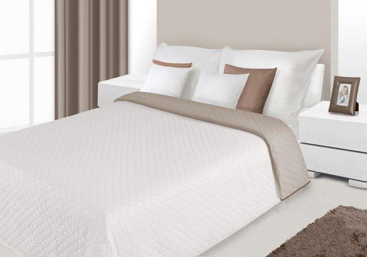 Modne narzuty dwustronne na łóżko do sypialni w kolorze kremowym
