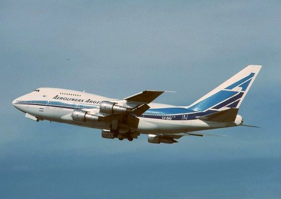Aerolineas Argentinas 747SP