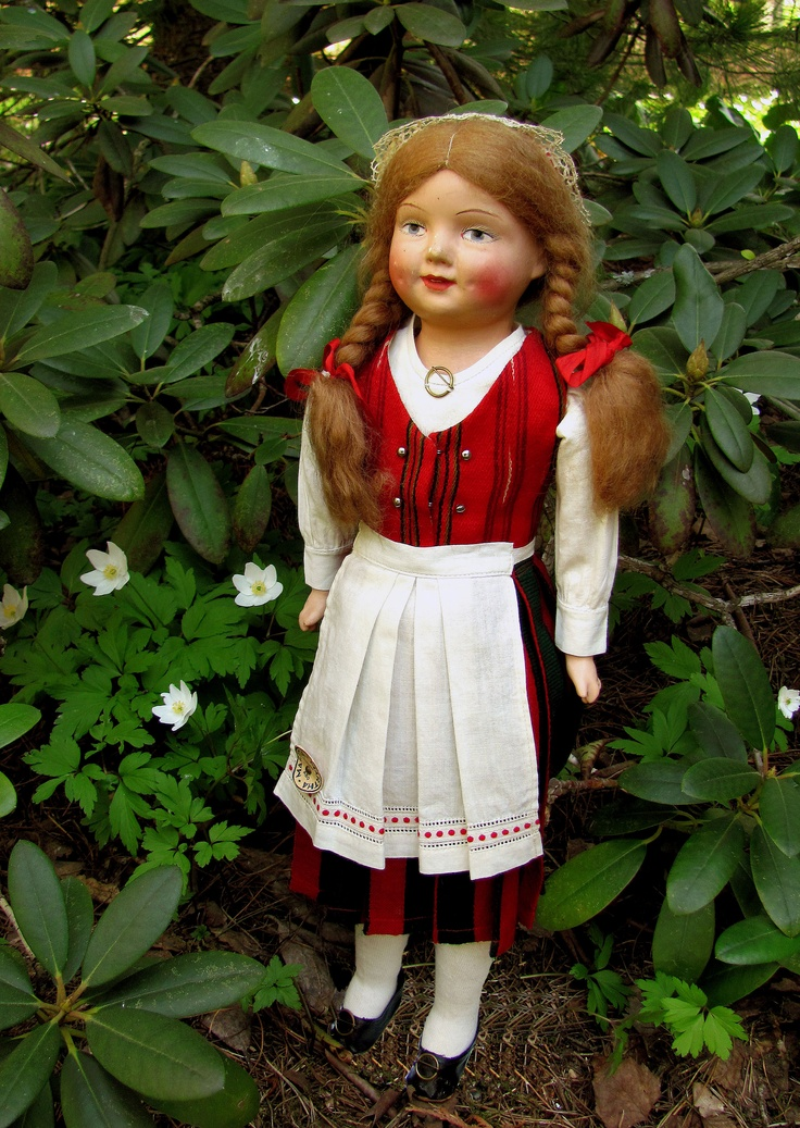 Finnish costume dollAdorable Dolls Antiques, Style Dolls, Martha Dolls, Dolls Galore, Baby Dolls, Dolls Iv, Costumes Dolls, Dolls Martha, Dolls Dreams