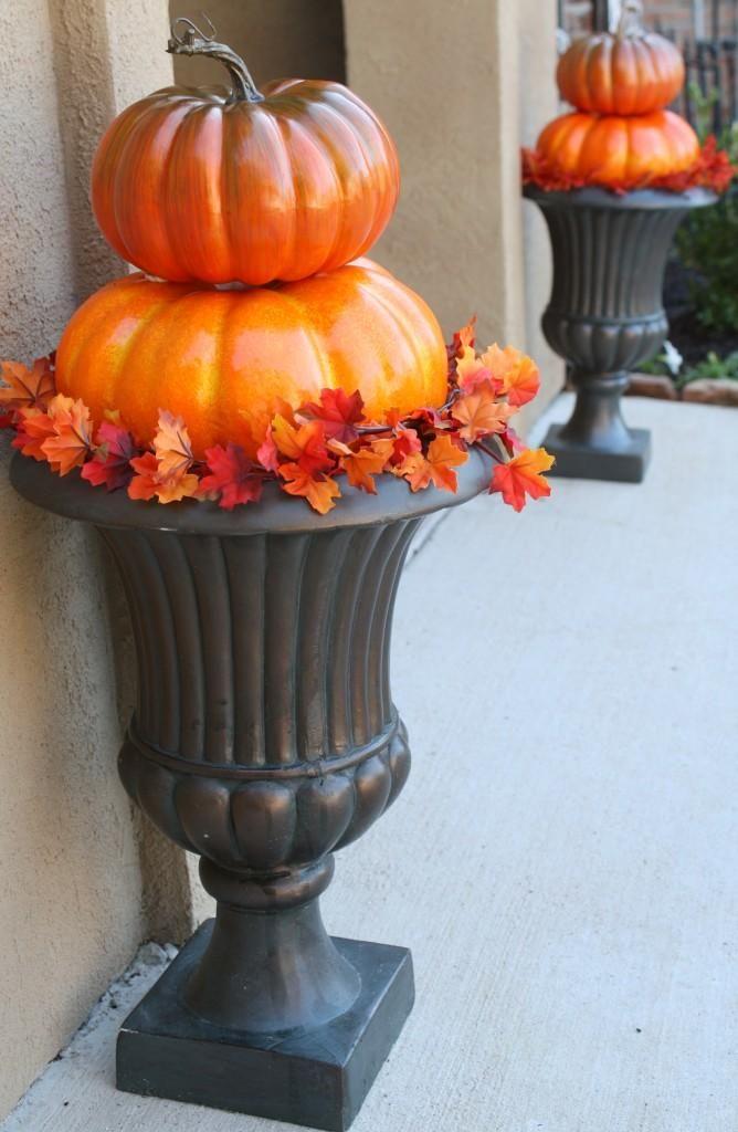 diy halloween diy outdoor pumpkin topiaries diy halloween decor - Outdoor Pumpkin Decorations