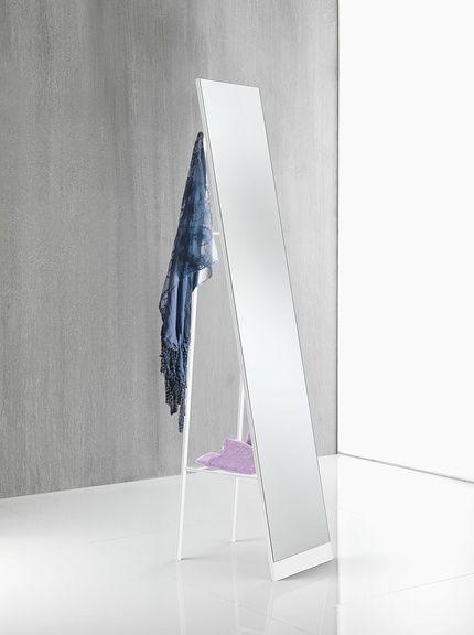 Oltre 25 fantastiche idee su specchi da terra su pinterest camera bianca specchi da terra di - Specchio da terra amazon ...