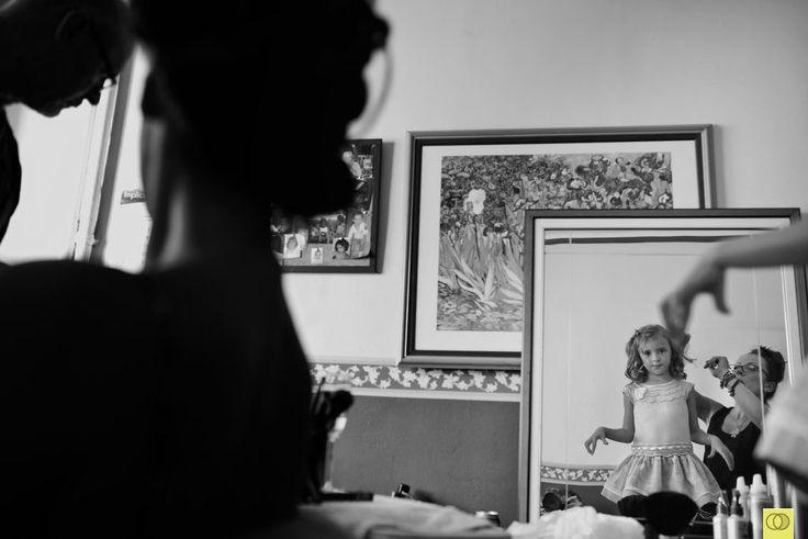 Prepararte para tu boda junto a tu hija. ❤   © SILVER MOON FOTOGRAFÍA