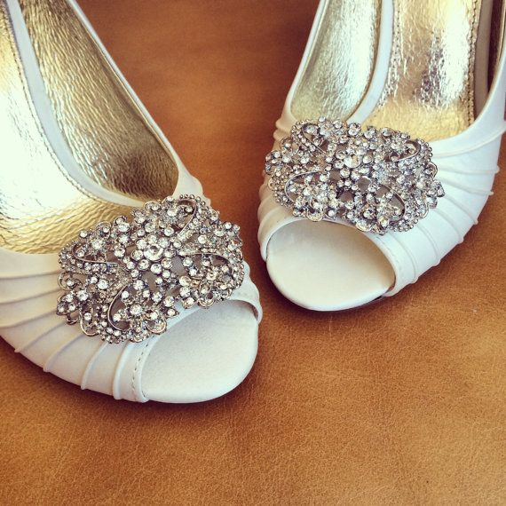 How gorgeous are these show clips. Rhinestone Shoe Clips - Set of 2