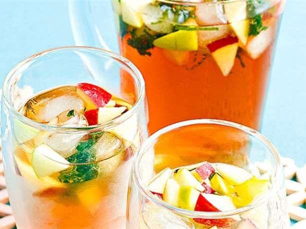 Συνταγές για δροσιστικό και θρεπτικό παγωμένο τσάι χωρίς θερμίδες via @enalaktikidrasi