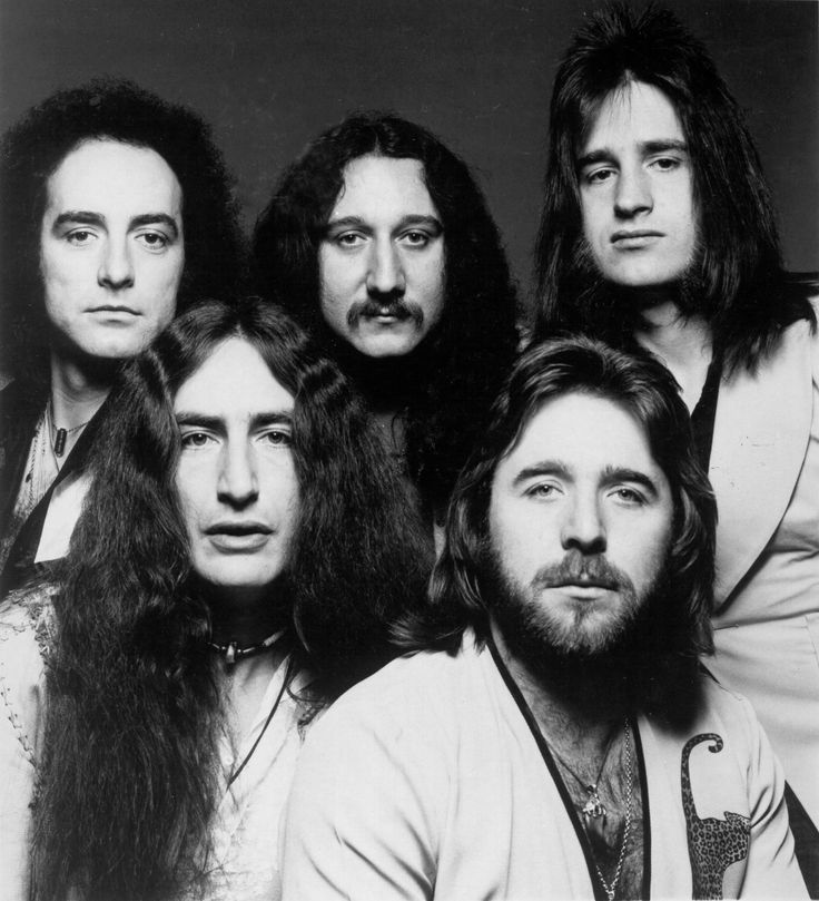 ~Uriah Heep's progressive/art rock/heavy metal fusion's distinctive features have always been massive keyboards sound, strong vocal harmonies and (in the early years) David Byron's operatic vocals. Description from dawn-musicfromthe60sand70s.blogspot.ca. I searched for this on bing.com/images
