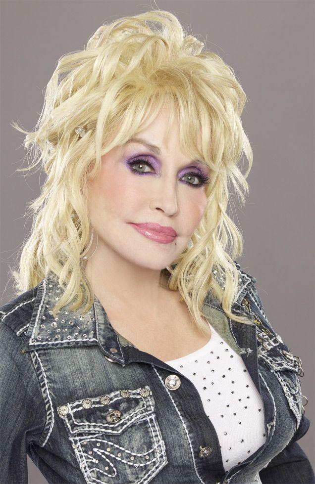 Dolly Parton 2013 Press Image