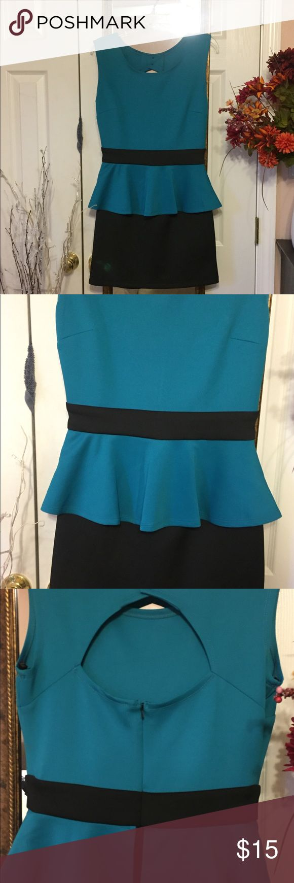 Blue & black peplum dress Peplum dress🎀 perfect for work events or just going out 🎀 only worn once so in great condition Dresses Midi