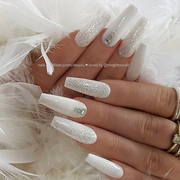 White Glitter And Crystals On Long Coffin Nails Nail Artis Diamond Nail Designs White Acrylic Nails White Nail Designs