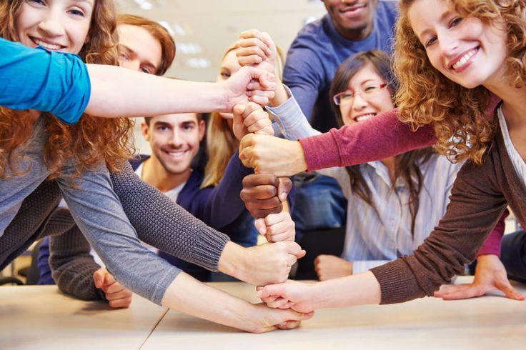 http://berufebilder.de/wp-content/uploads/2016/01/engagierte-junge-mitarbeiter-gewinnen.jpg Duales Studium - Checkliste für KMU: 10 Tipps für den Mittelstand