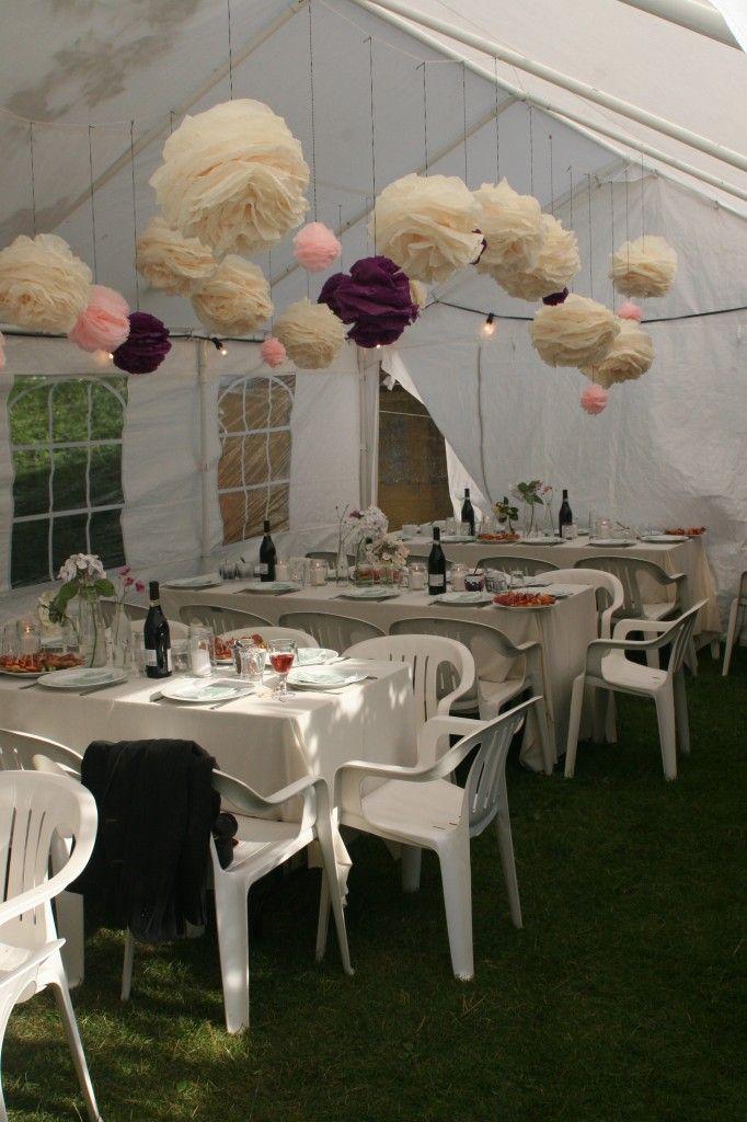 Pomponer i silkepapir til teltloft