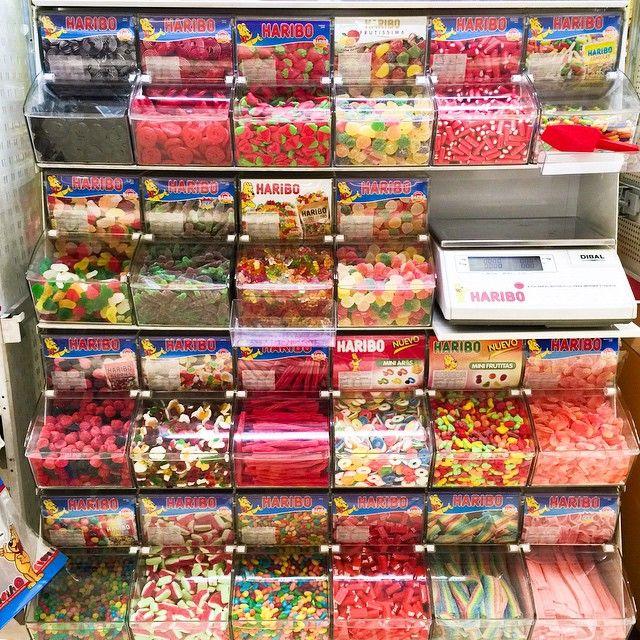 Haribo-sweets-süssigkeiten-theke-barcelona
