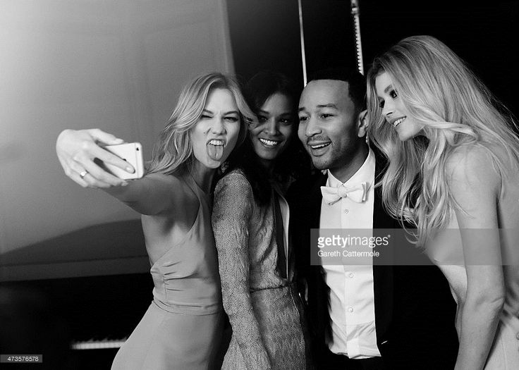 Karlie Kloss, Liya Kebede, John Legend and Doutzen Kroes pose for a #selfie during 68th annual #Cannes Film Festival (Photo by Gareth Cattermole) | #Cannes2015 #Loreal