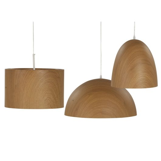 Warmes, wohnliches Licht Die Lampe Dottore Wood strahlt durch die in individueller Holzmaserung gestalteten Oberfläche und die weiße Innenseite ein angenehmes, warmes Licht aus. Die aus Stahl gefertige Hängeleuchte mit...