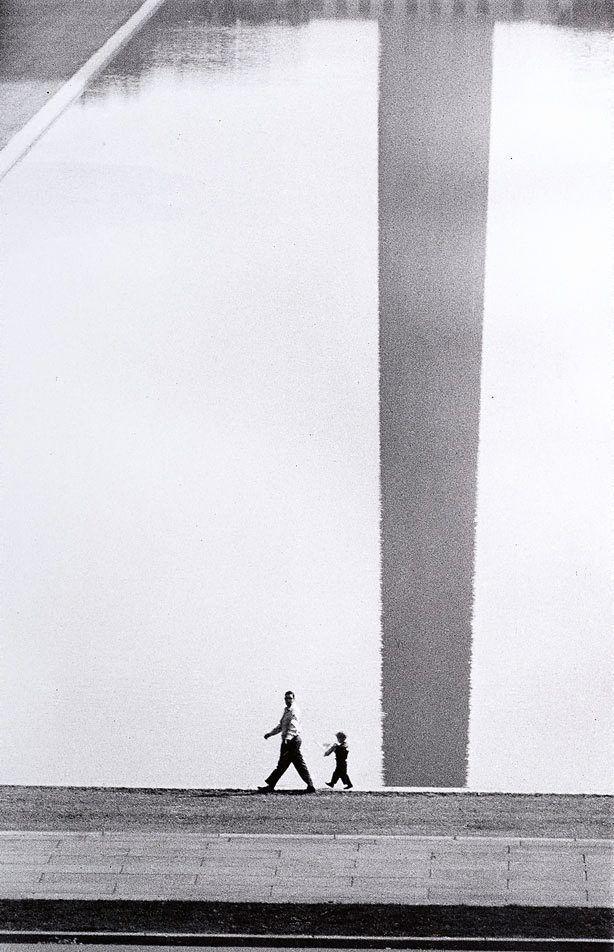 Washington Monument reflected, 1956. by David Moore