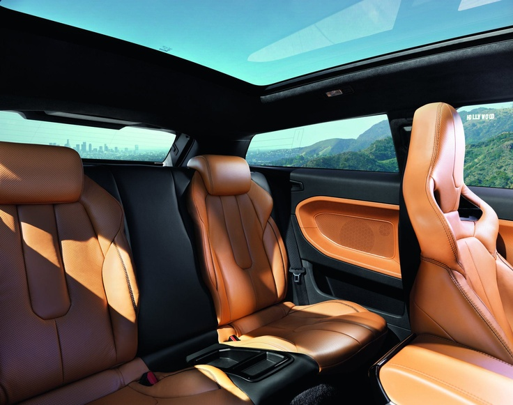 Interior of the Range Rover Evoque Special Edition with Victoria Beckham. #RangeRover #Evoque- Looks Fab!