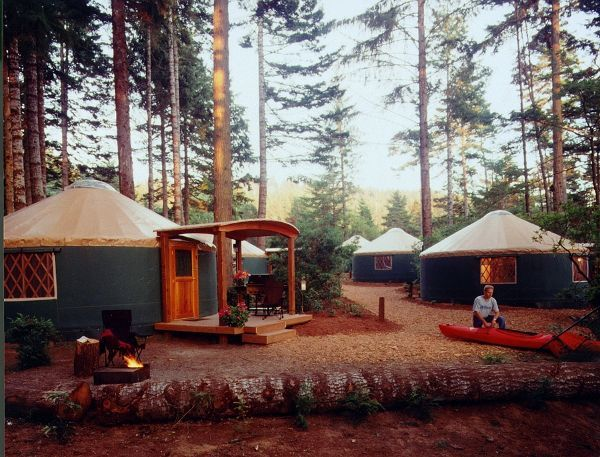 """This is what I'm talking about.  Some people want to own a B&B or an inn, I want to own a """"glamp"""", a glamour camp with lush sheets, down comforters, fireplaces, etc."""