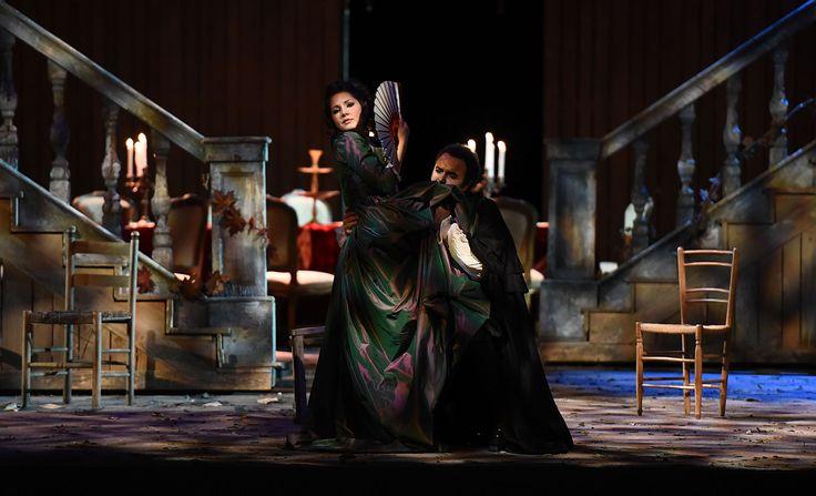 Atto IV, Laura Giordano (Susanna), Simon Orfila (Figaro) – foto di Roberto Ricci