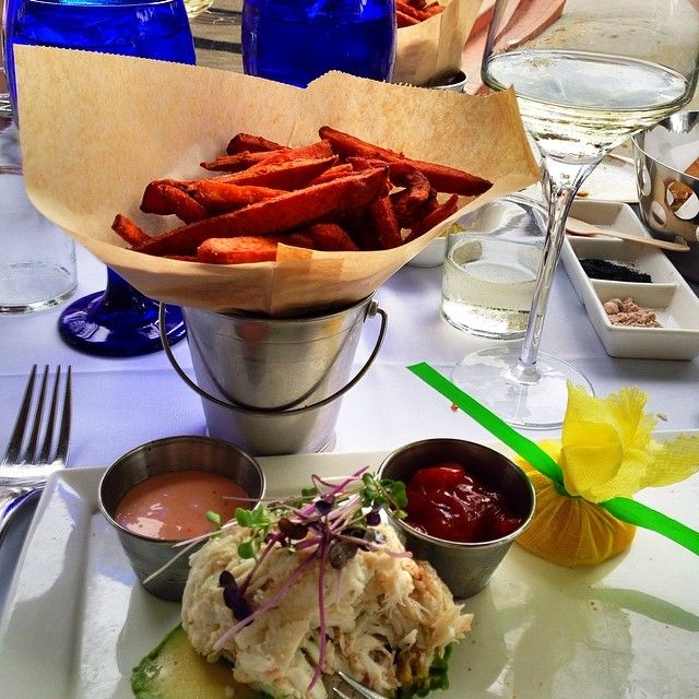 Lunch at Sea Salt in Naples on 3rd.
