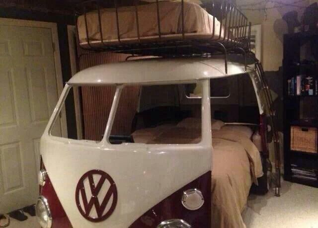 YES PLEASE!!.OMG the PERFECT bed!!!!