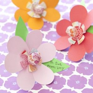 Lollipop flowers.  Great for Valentine's Day!