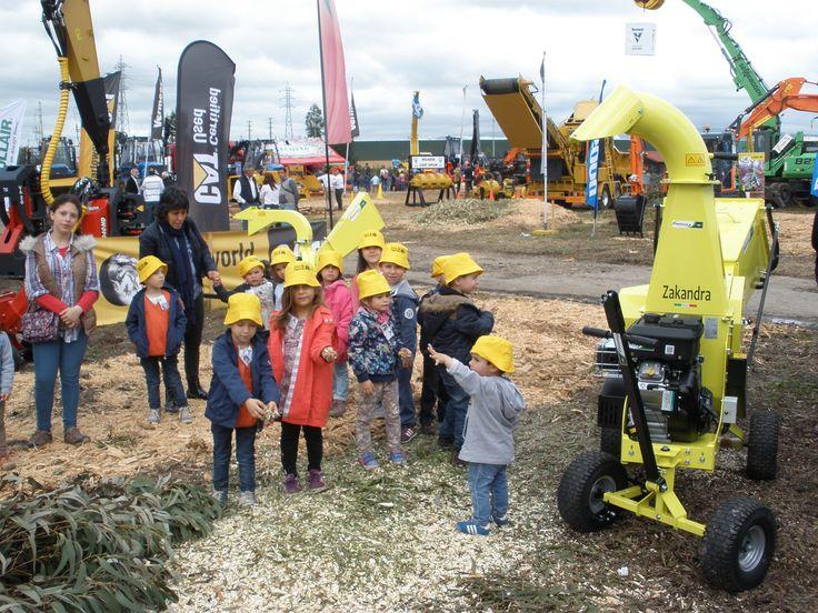 Kids love ecological works  #Agrinova  #woodchipper  www.agrinova-italia.it