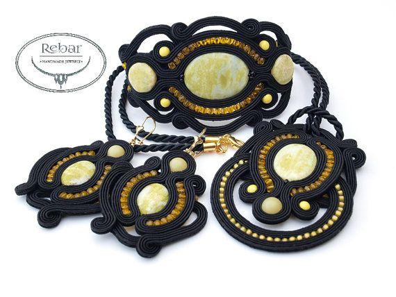 Soutache Bracelet Klara par RebarJewelry sur Etsy