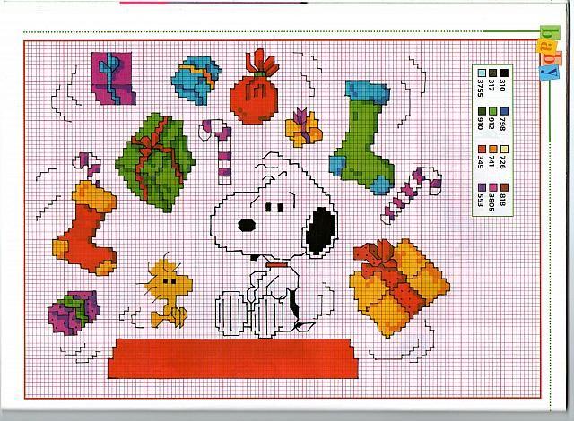 Tanti piccoli schemi punto croce natalizi di Snoopy