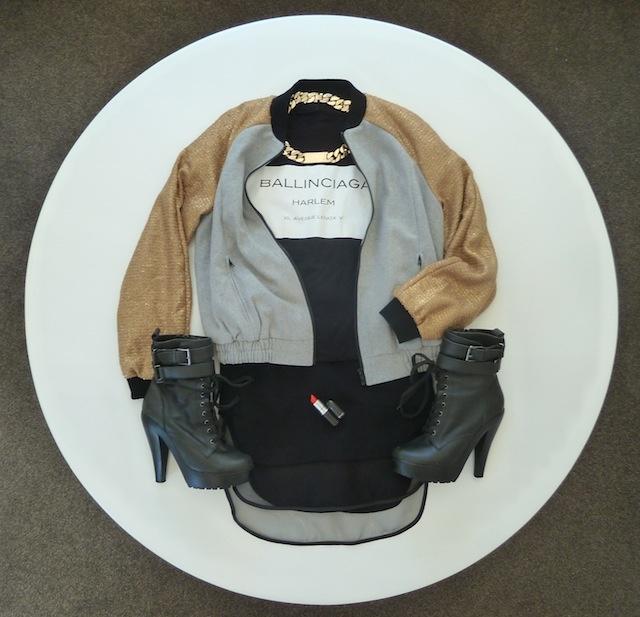 BEST BOMBER: Details on the blog www.mammatuppy.com #stylesession #wiwt #ootd #style #fashion #ballinciaga #bomberjacket #idnecklace #gold #mac
