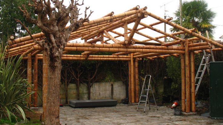 Garaje cubierto en Bambú Guadua - Cubierta en teja de barro
