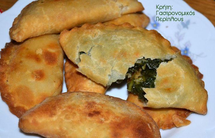 Οι πιο αγαπημένες χορτόπιτες της Κρήτης, είναι με άγρια γιαχνερά χόρτα! Όταν η γη σου δίνει απλόχερα τόσα χόρτα, οι πίτες έχουν μεγάλη ποικιλία στη γέμισή τους!  Οι πίτες της Κρήτης είναι κυρίως …